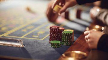 Afla parerile a 5 jucatori la Platinum Casino