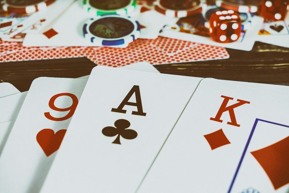 Care sunt regulile de aur la blackjack