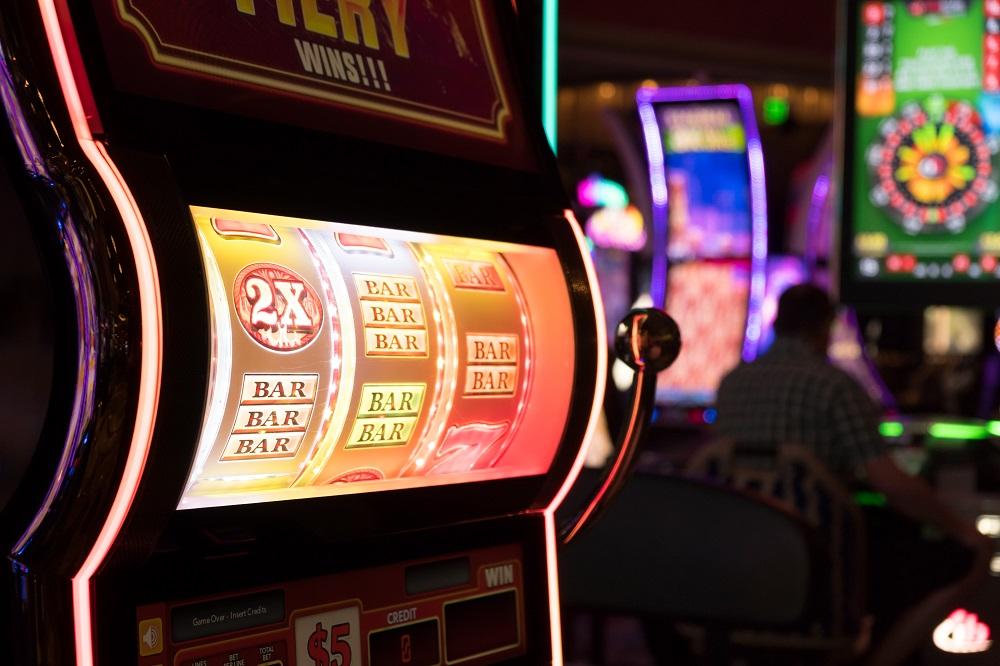 Red rake gaming bingo si poker de inalta clasa