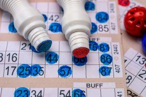 Cat costa un bilet la bingo si pot lua online