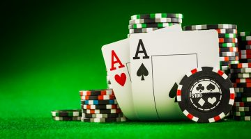 Poker cu toate cartile odata in varinata 5 Card Draw