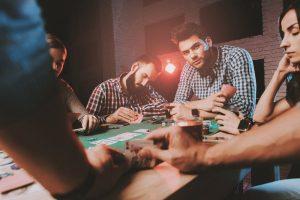 Reguli simple si speciale la buy in la Poker Texas Holdem