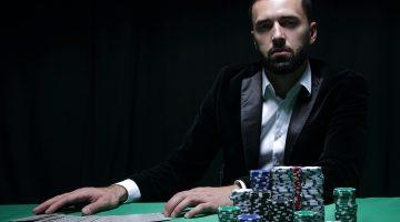 Se blufeaza mult sau nu in jocul de poker la masa