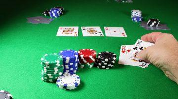 Cand sa spui call sau raise daca iti este randul la poker