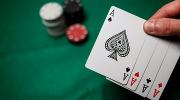Cum faci strategia initiala pentru prima mana la poker