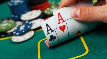 Cum sa rezisti la o masa de poker cu peste 500 maini jucate