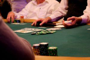 La poker nu este usor sa fabrici maini castigatoare